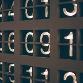 Law of Small Numbers: A Deceptive Cognitive Bias