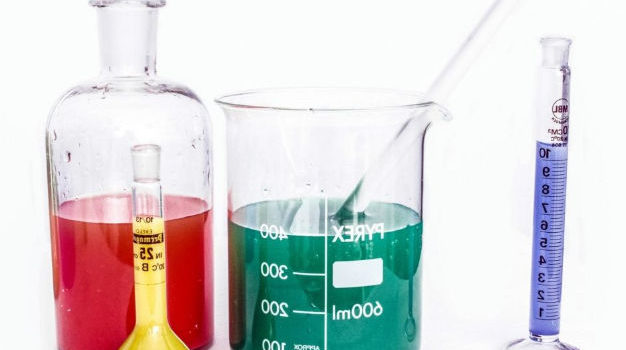 Natural Experiment: What is it? Simple Explanation and Examples
