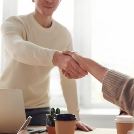 How to Be a Good Salesman: The Qualities You Need