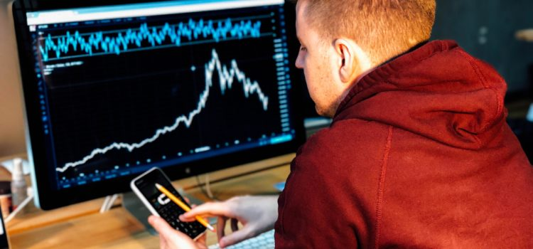 Investment vs Speculation: Learn Smart Trading Tactics