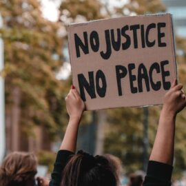White Fragility by Robin Diangelo: Key Insights