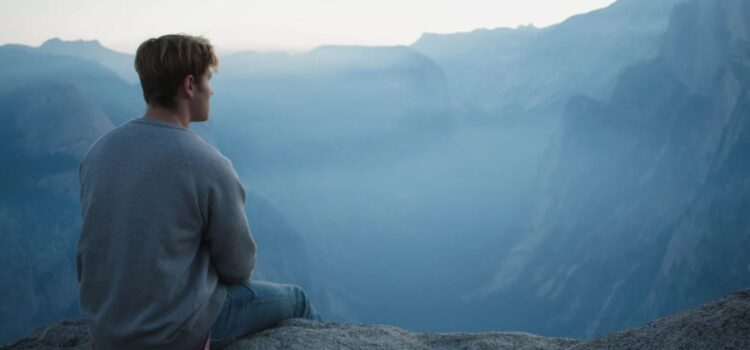 Why Being in the Present Moment Makes Us Happier