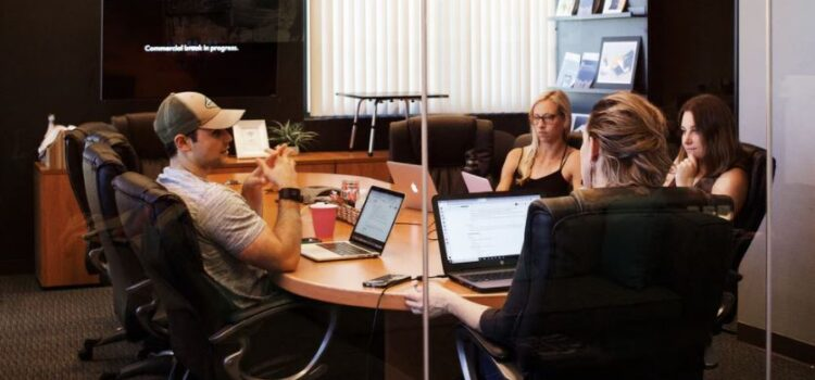 The 4 Different Types of Meetings in a Company