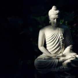 Mindfulness Mantras: The Top 2 Recitations to Try