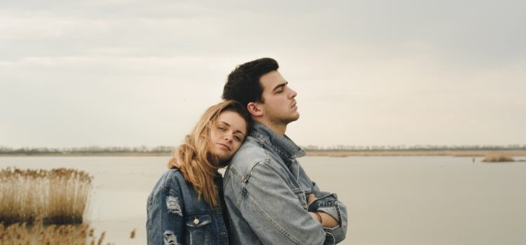 Dating Down: Why It Can Ruin Your Happiness