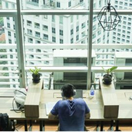 Independence at Work Promotes Competency