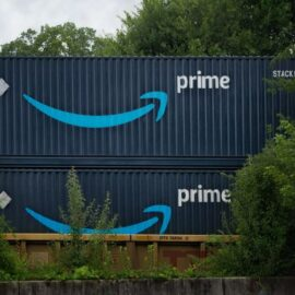Amazon: Competitive Advantage & How They Won