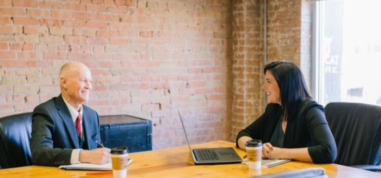 How to Build a Good Relationship With Your Boss