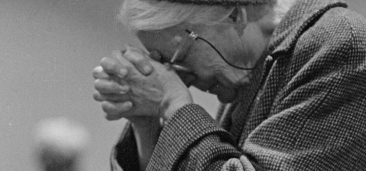 Dorothy Day's Biography: From Partier to Leader