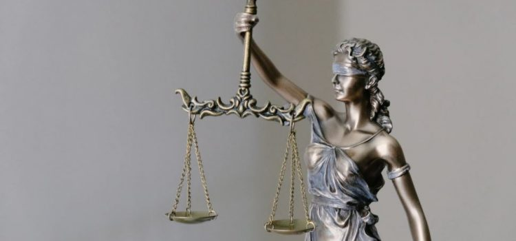 Distributive and Procedural Justice: The 2 Theories